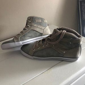 Guess Mid-top Sneakers